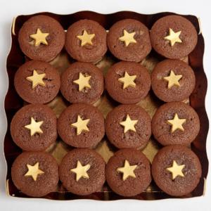 16 mini cupcakes étoilés