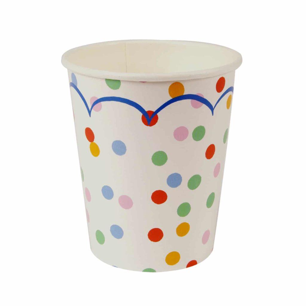 gobelets-confetti-cirque-anniversaire