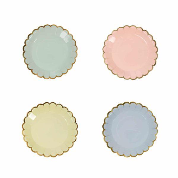 Petites assiettes rondes pastel