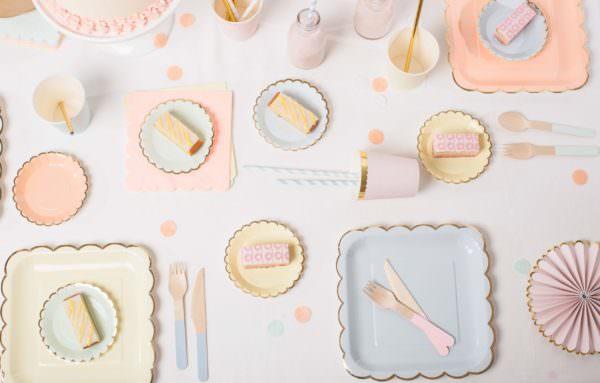 Assiettes pastel (petites)