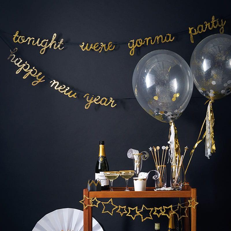 decoration-jour-de-an-happy-new-year-or-noir-meri-meri