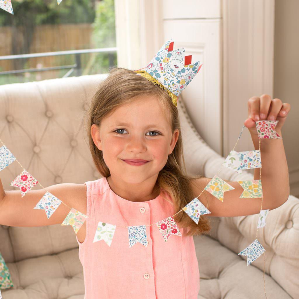 Couronne-papier-liberty-enfants-anniversaire-meri-meri