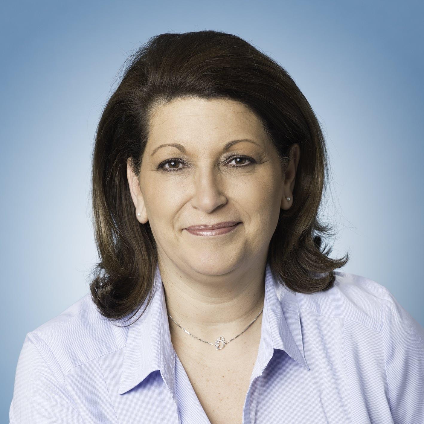 Christine L. 1