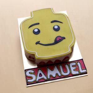 Gâteau Tête de Lego