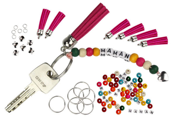 "Kit for a ""Mom"" keychain"