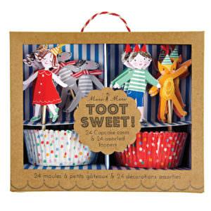 """Moules à cupcakes enfants """"Toot Sweet"""""""